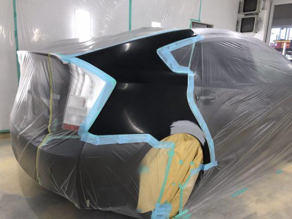 トヨタ プリウス リアフェンダー 傷修理