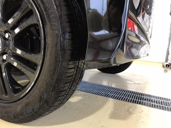 ホンダ NBOX フロントバンパー、サイドステップ、リヤバンパーキズ修理