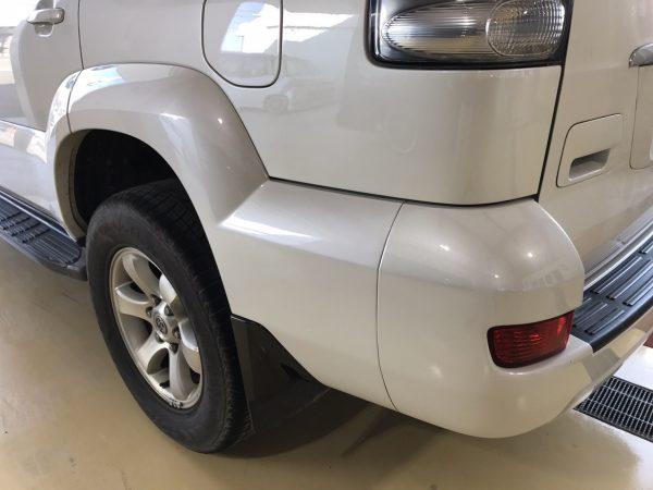 トヨタ ランドクルーザープラド リアフェンダー、リアバンパー傷修理