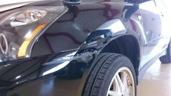 トヨタ ハリアー フロントバンパー、フロントフェンダー擦り傷修理