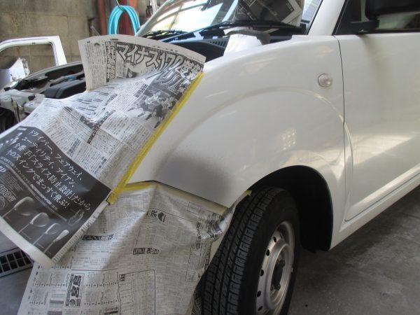 ズズキ 軽自動車のフロントバンパー、ボンネットへこみ修復