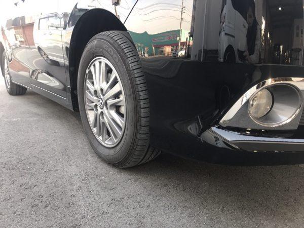 トヨタ エスクァイア フロントバンパー傷修理