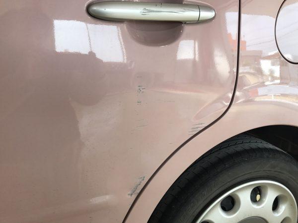ダイハツ ミラココア ドア傷修理