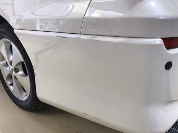 トヨタ アルファード傷修理