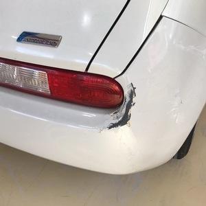 ニッサン キューブ 事故修理
